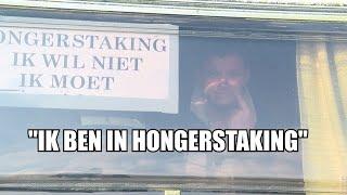 Deze man is boos op Den Haag en in hongerstaking