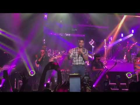 Romeo Santos - Sobredosis ft. Ozuna En Vivo