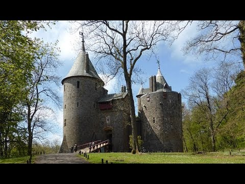 CASTELL COCH (CASTLE COCH) CARDIFF A FAIRY TALE CASTLE