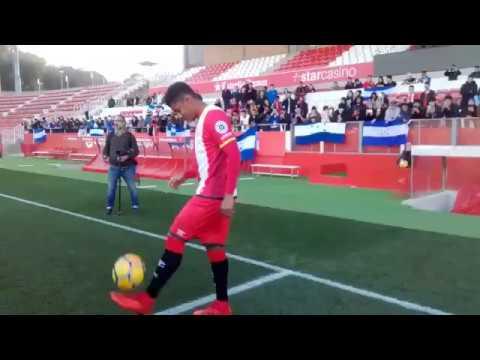 Choco Lozano, es oficialmente presentado por el Girona.