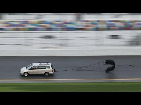 Driving a Minivan on Daytona International Speedway