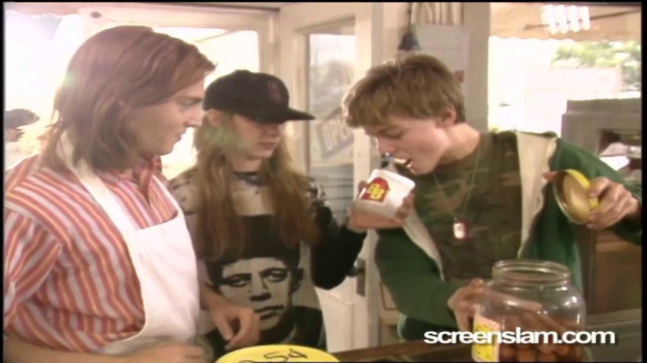 Download What's Eating Gilbert Grape: Leonardo DiCaprio and Johnny Depp set visit | ScreenSlam