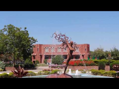 IIM Lucknow : India's most beautiful business school