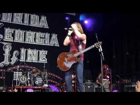 Florida Georgia Line - Dayum Baby - Charlotte NC 7-12-13