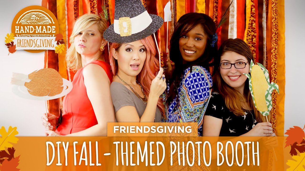 Diy fall themed photo booth hgtv friendsgiving youtube solutioingenieria Image collections