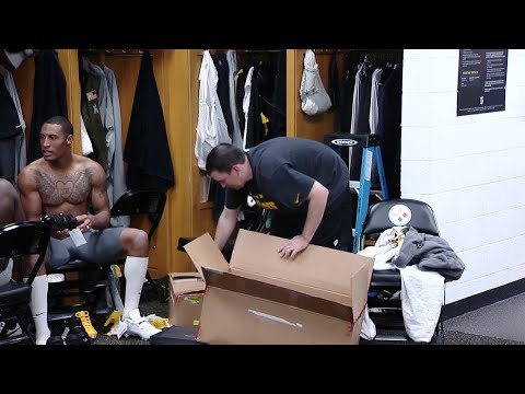 - Steeler Players Strip Le'Veon Bell's Locker, Remove Nameplate