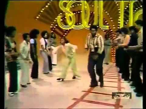 Soul Train Line Dance to Jungle Boogie (1973)