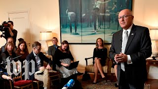 3 awkward moments from Hoekstra's Dutch news conference