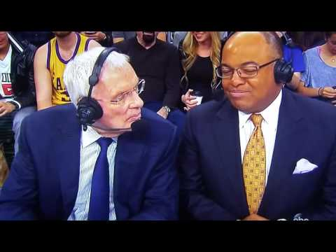 Hubie Brown says new rules favor Warriors w/o Hand Checking arm bars!