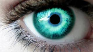 Get turquoise eyes in 10 seconds - how to change your eye color hypnosis / biokinesis