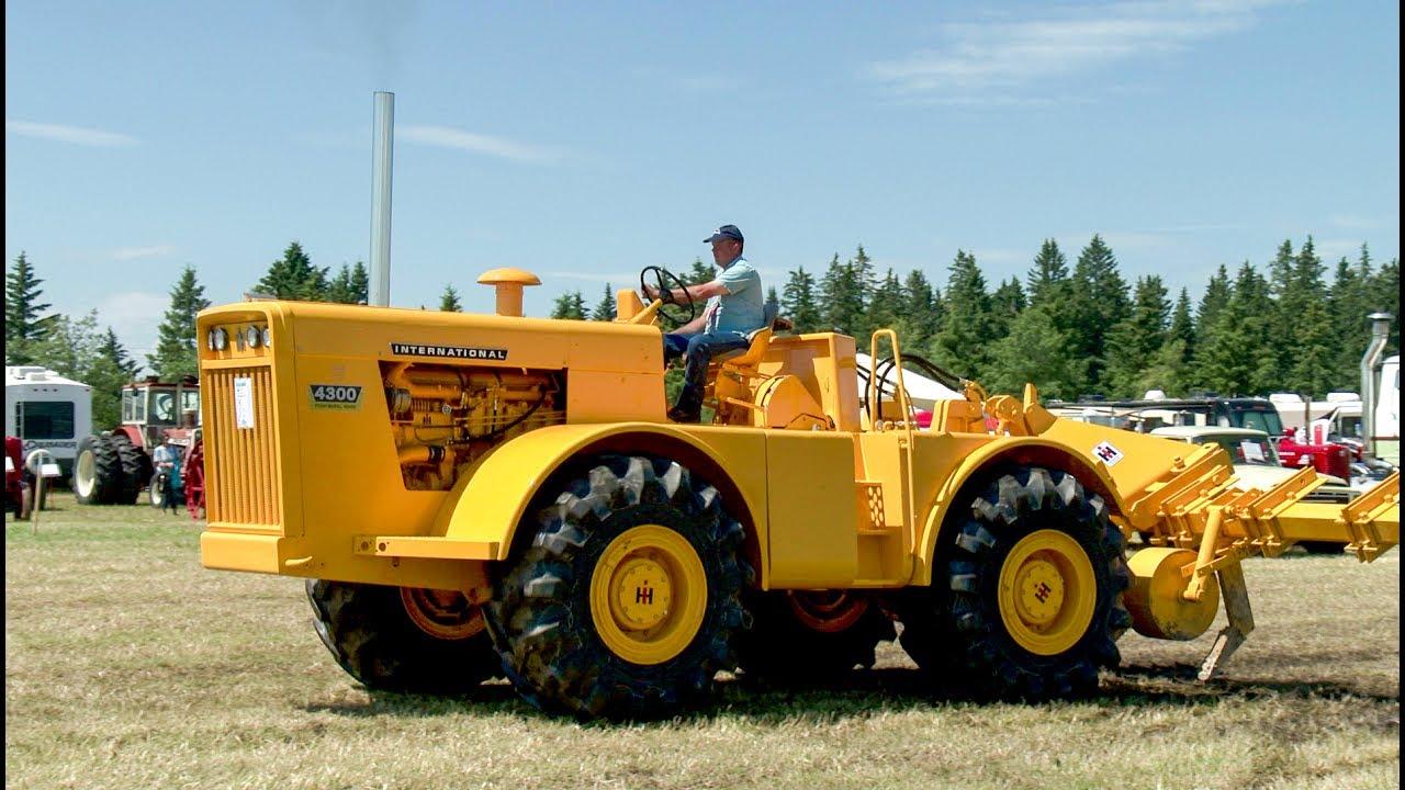 International 4300 Tractor : International wd tractor youtube