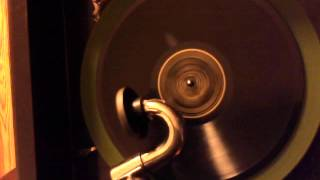 American Quartet - Mysterious Rag on Victor Phonograph