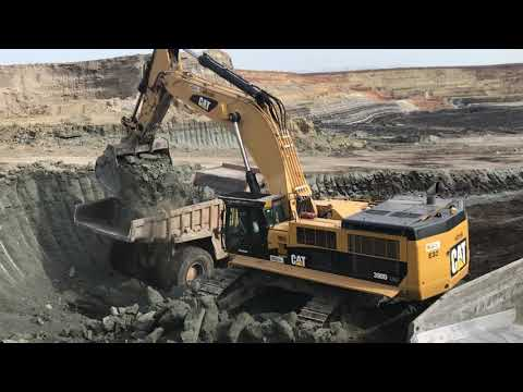 Caterpillar 390D LME Excavator Loading Caterpillar Dumpers On Coal Mines- Operator G. Kyrkos