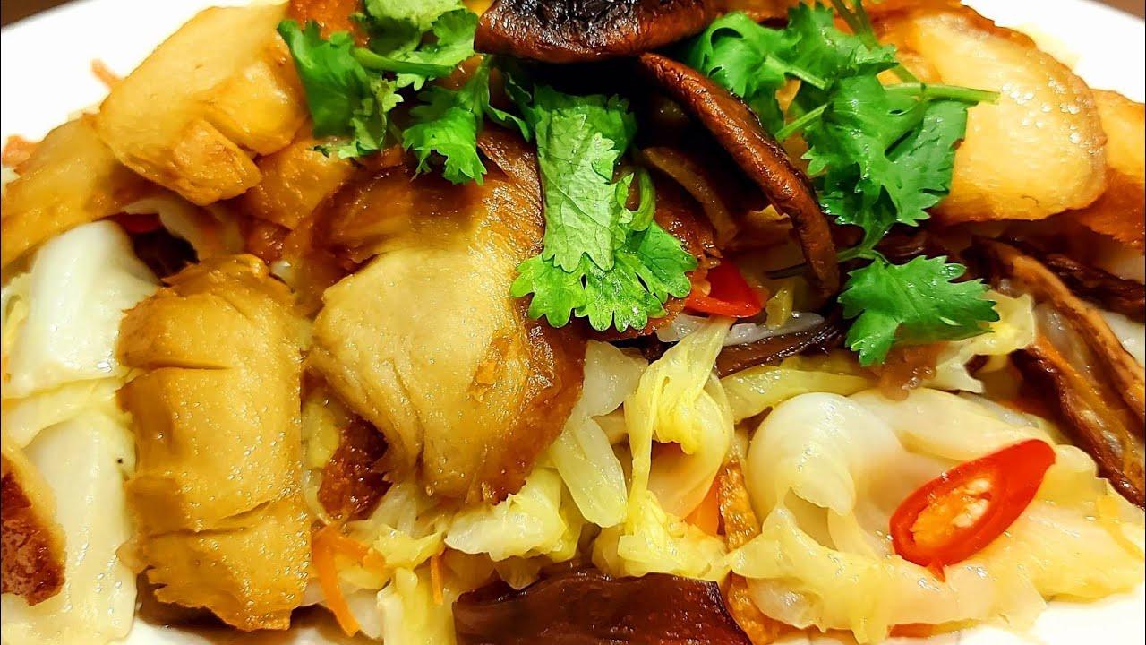 素食 (蔬炒煙燻丫)燻香好美味 - Vegan 蔬房菜 Cuisine Taiwan 蔬食 (Stir-fried smoked meat with vegetables)