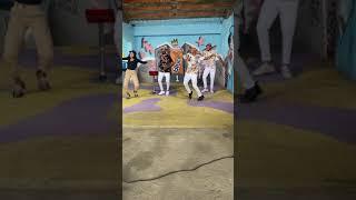 Malunne & Angolano muito burro Júnior a dançarem o meu amor música dos moikanos no Bekuduro