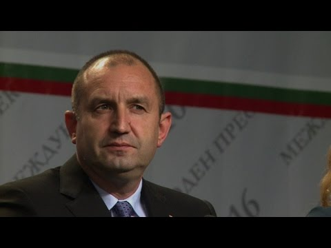 Russia-friendly opposition candidate wins Bulgaria presidential