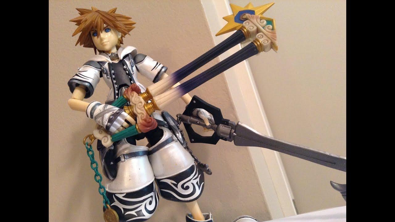 Kingdom Hearts 2 Play Arts Final Form Sora Figure Review - YouTube