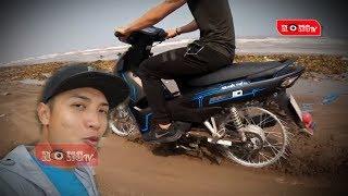 NTN - Xe máy gắn đinh của Youtuber Nguyễn Thành Nam lên báo ngoại