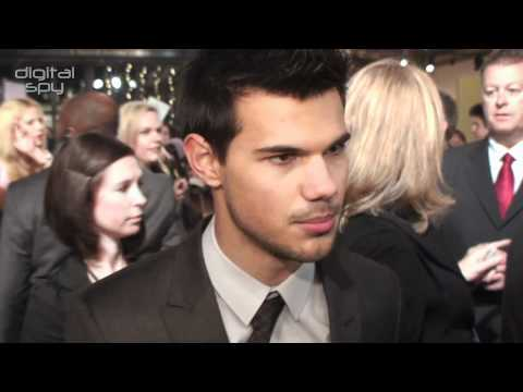 Twilight Stars Chat Breaking Dawn At The UK Premiere