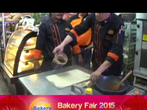 BAKERY FAIR 2015   BAKING DEMO OF FY SONS INC , WORLD TRADE