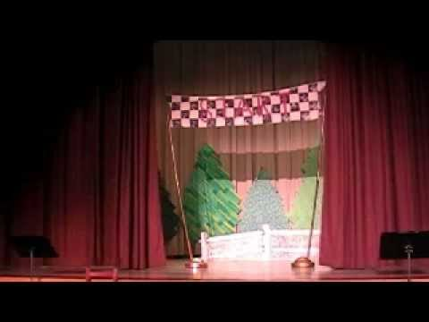 "Children's opera ""The Tortoise and The Hare"" with music from Rossini's opera works"