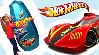 100+ cars toys GIANT SURPRISE OPENING HOT WHEELS /ХОТ ВИЛС машинки Гигантское Яйцо 2017 Трейлер