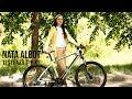 Nata Albot testează bicicletă electrică
