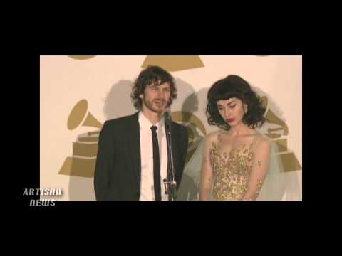 GOTYE SWEEPS GRAMMY AWARDS, ACCEPTS RECORD OF THE YEAR FROM PRINCE