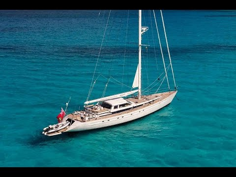 Sailing Yacht Azzura