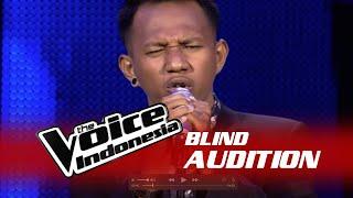 Chandra Aditya Aku Lelakimu I The Blind Audition I The Voice Indonesia 2016