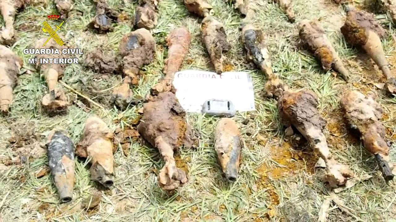 Buscando a un vecino desaparecido encuentran 538 granadas - Gran canaria tv com ...