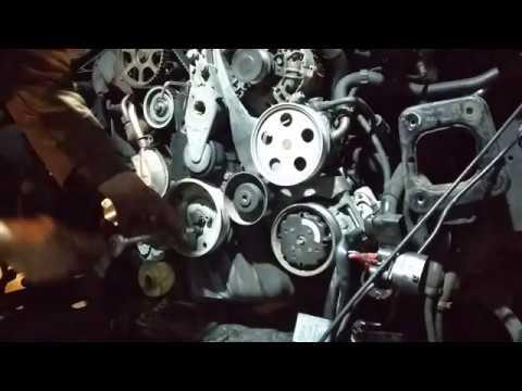 Замена ремня ГРМ + ролика и помпы Audi A4  1.6 / VW Passat B5