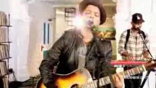 Bruno Mars - Grenade (Studio Session LIVE!)
