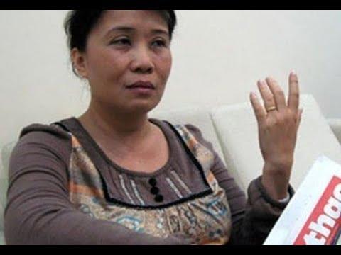 Cựu tổng biên tập Hồ Thị Thu Hồng bị chỉ trích vì vô văn hóa ở Singapore làm xấu hình ảnh người Việt