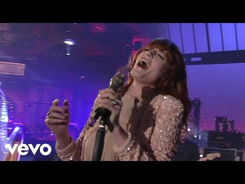Florence + The Machine  Heavy In Your Arms  on Letterman