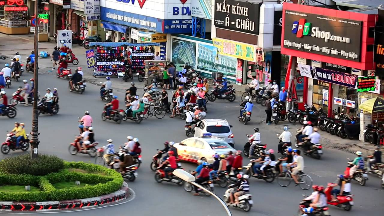 2015越南機場飛機起降街景~ - YouTube