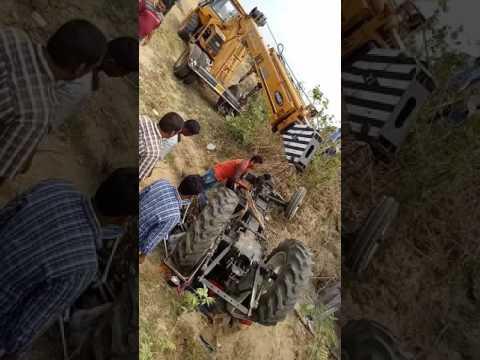 Balangir Puintala road to bishnumunda line re Tractor accident.....