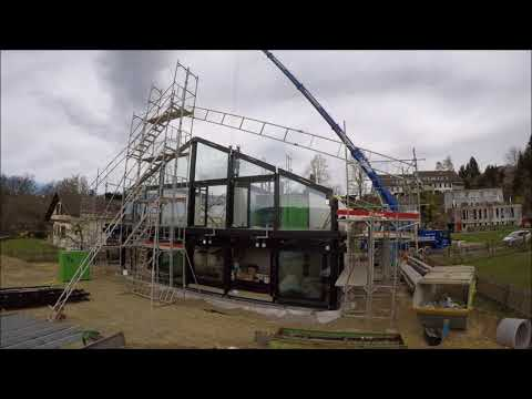 "Construction of our ""Huf"" house in 3 minutes."