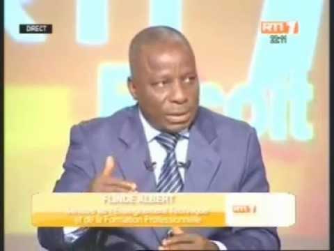 Le ministre de l'Enseignement technique, Albert Flindé invité de la RTI (2ème Partie)