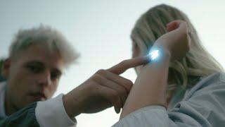 Download TYM - Ehrlichkeit (Official Video)