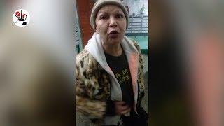 Таксист троллит в лифте блондинку с подругой