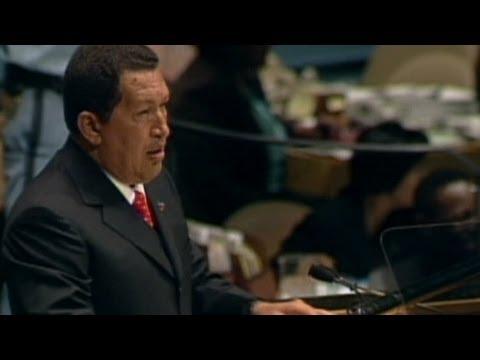 """2006: Chavez calls Bush """"the devil"""""""