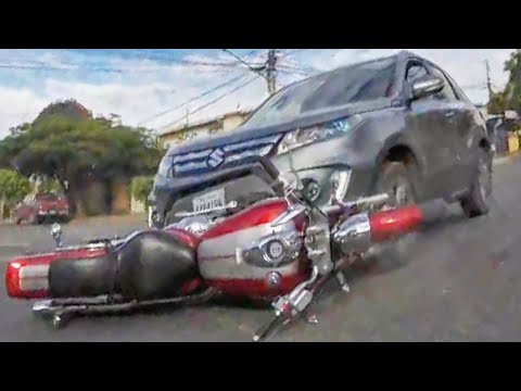 HECTIC ROAD BIKE CRASHES & MOTORCYCLE MISHAPS 2020 - BIKERS IN TROUBLE!