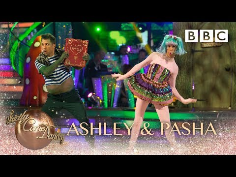 Ashley Roberts & Pasha Kovalev Charleston to 'Witch Doctor' by Don Lang - BBC Strictly 2018