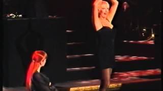 «Так не сделать одной» (Лика Рулла, мюзикл CHICAGO, 2002)