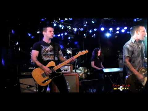 The Loved Ones - Pretty Good Year - Live on Fearless Music