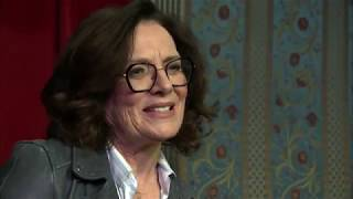 Margaret Trudeau, former Canadian first lady, debuts one-woman show at Second City in Chicago