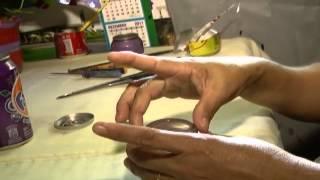 Conheça a artesã Ivanilde, que faz produtos com latinhas de refrigerantes