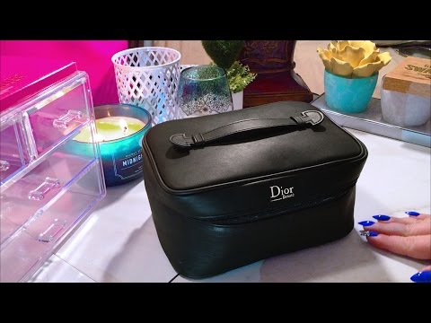 ASMR What's In My Makeup Bag ~ Travel Edition ~ Soft Spoken Show & Tell