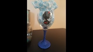 Cricut - Glitter wine glass Disney princess Snow white using layering and contour tutorial video